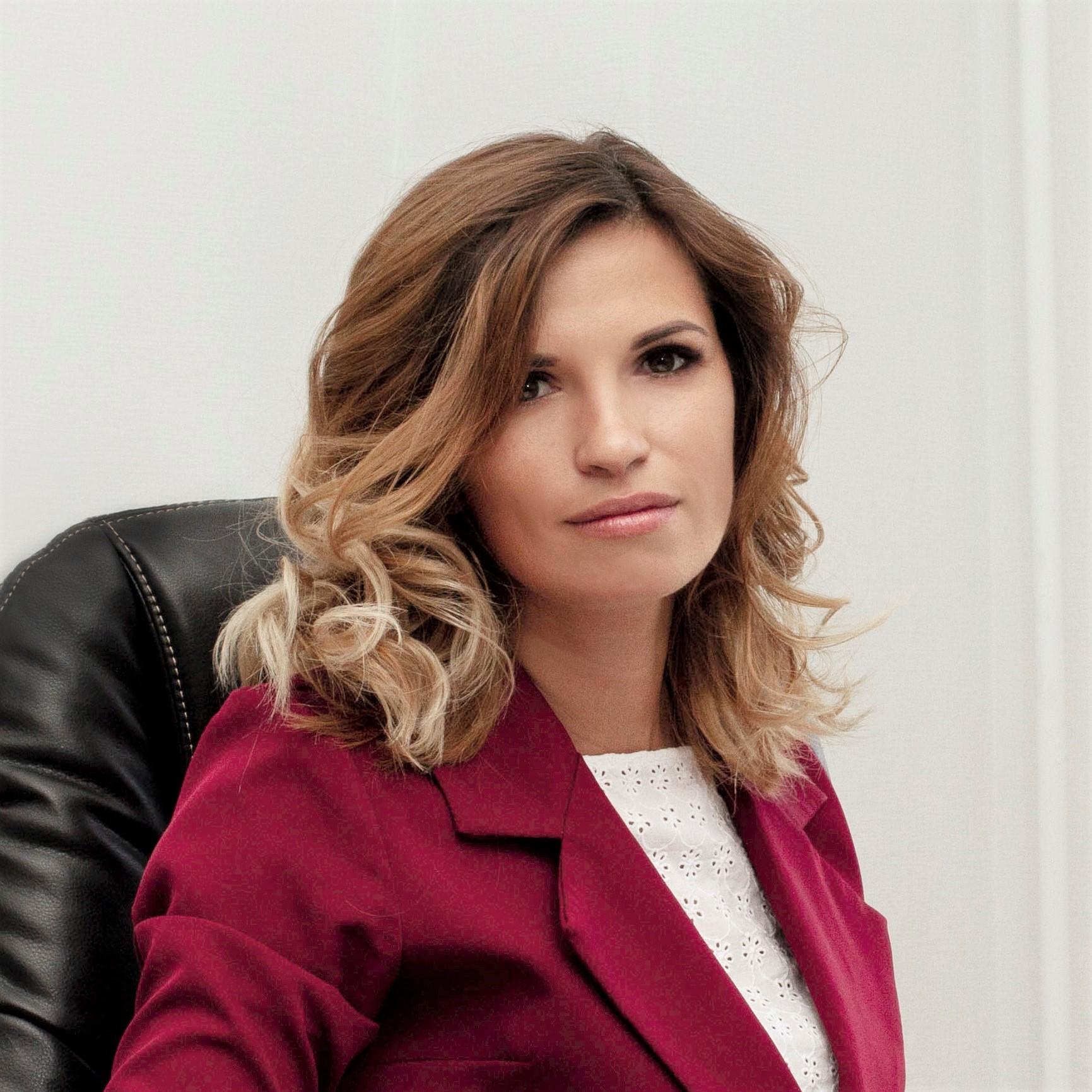 Nina Lyutova